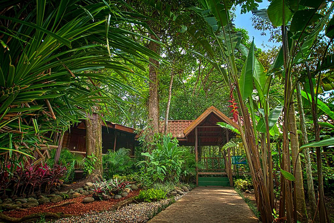 Pachira Lodge – Zugang zu den Gästezimmern