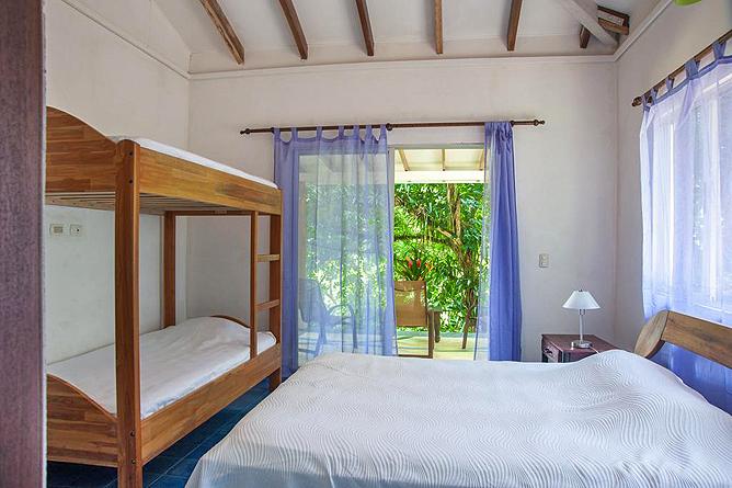 Portasol Rainforest Ocean View Living Casa Cedro Stockbett Zimmer