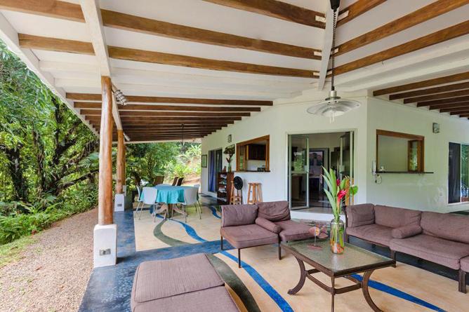 Portasol Rainforest Ocean View Living Casa Cedro Terrasse
