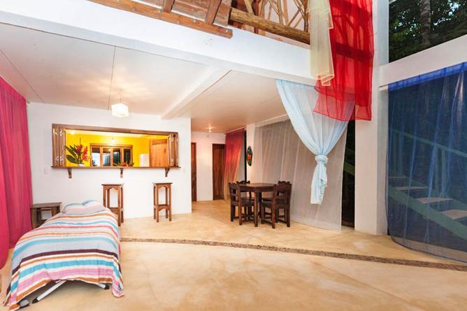 Portasol Rainforest Ocean View Living Casa Colibri