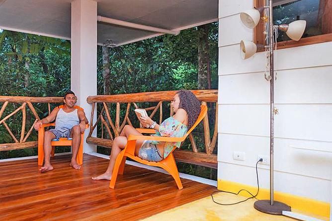 Portasol Rainforest Ocean View Living Terrasse