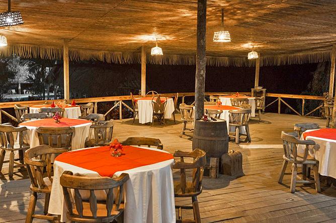 Sueno Azul Restaurant Abendstimmung