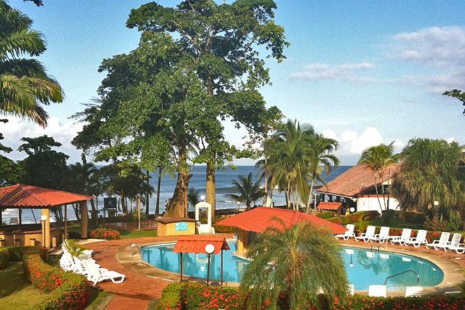Terazza del Pazifico Swimming Pool und Meersicht