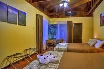 Villa Colon_Superior Zimmer El Bosque_Queen Betten_10-01-2018