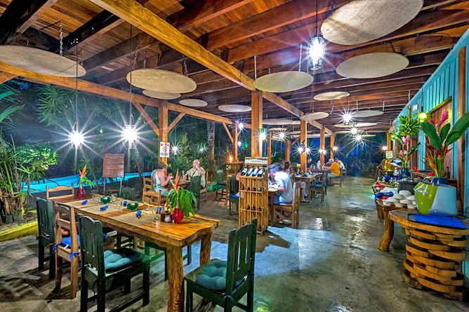 Banana Azul Restaurant