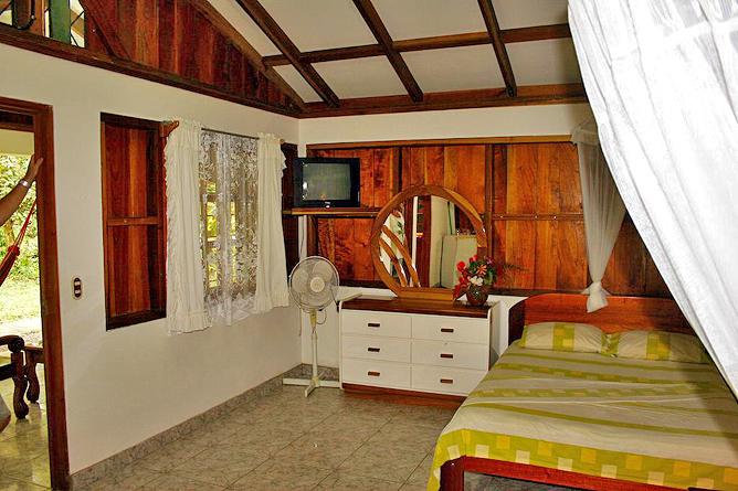 Cabinas Iguana Bungalow Einzelbett