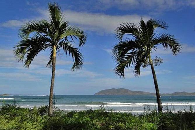 Capitan Suizo Playa Tamarindo