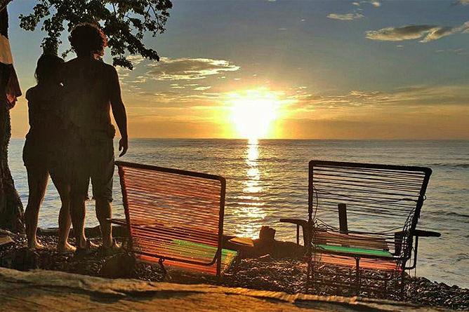 Howler Monkey Playa Cabuya Sonnenuntergang