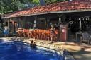 Howler Monkey Pool und Bar