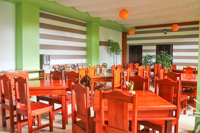 Las Colinas Restaurant
