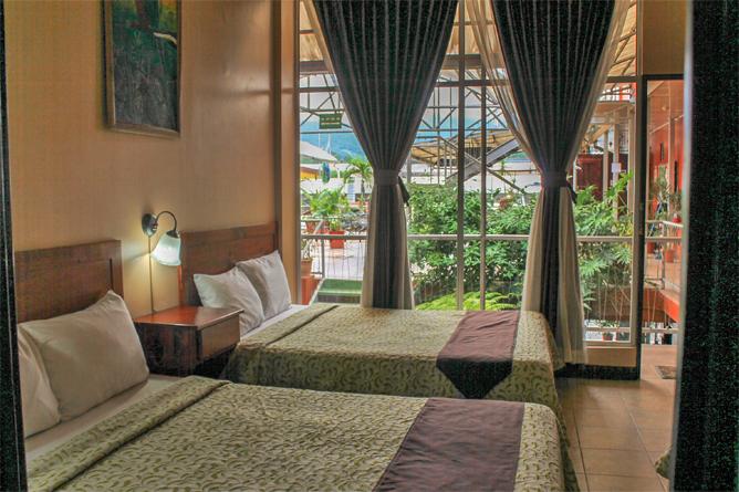 Las Colinas Standard Zimmer mit Terrasse