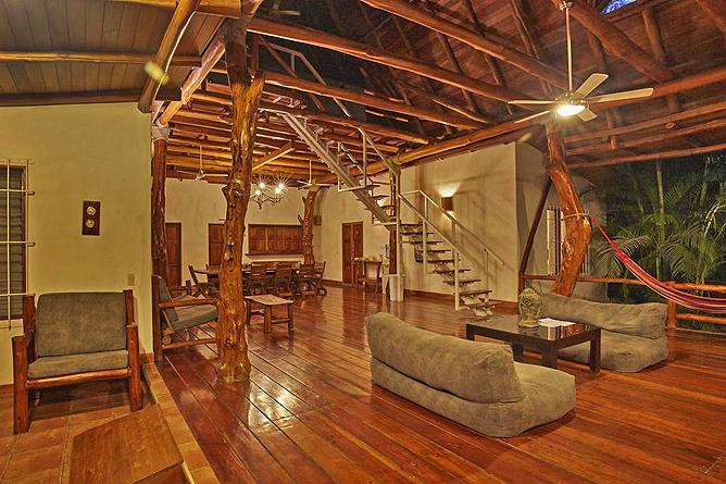 Living Nosara Lounge