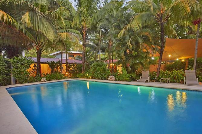 Living Nosara Swimming Pool