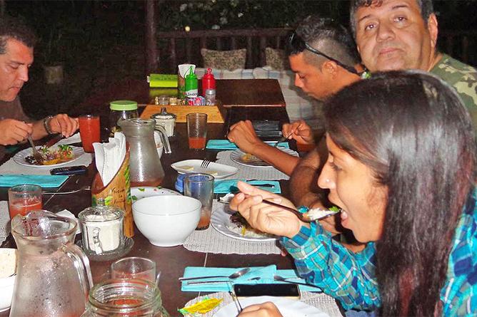 Posada Rio Celeste Restaurant