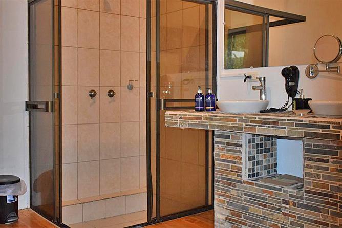 Quelitales Suite Badezimmer