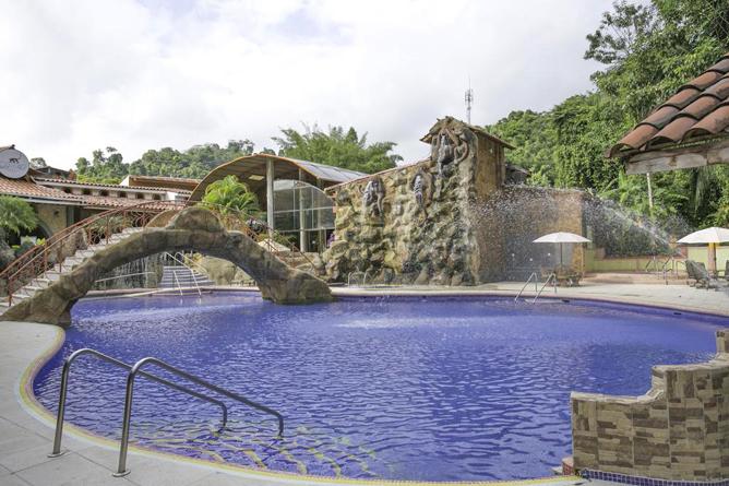 San Bada Familien Pool