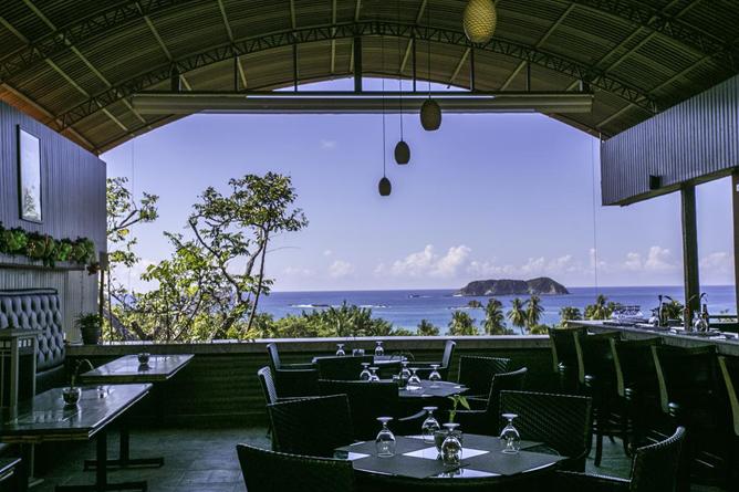 San Bada Restaurant mit Meersicht
