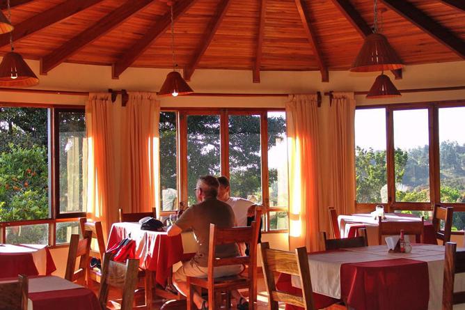 Sunset Hotel Frühstücksbereich
