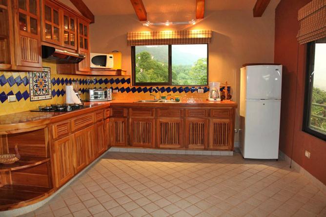 Villas Alturas Vila Küche