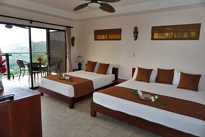 Vista Las Islas Deluxe Zimmer Betten