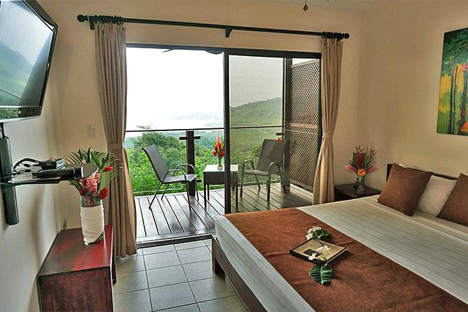 Vista Las Islas Standard King Zimmer
