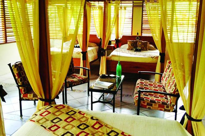 Casa Corcovado Deluxe Bungalow interior