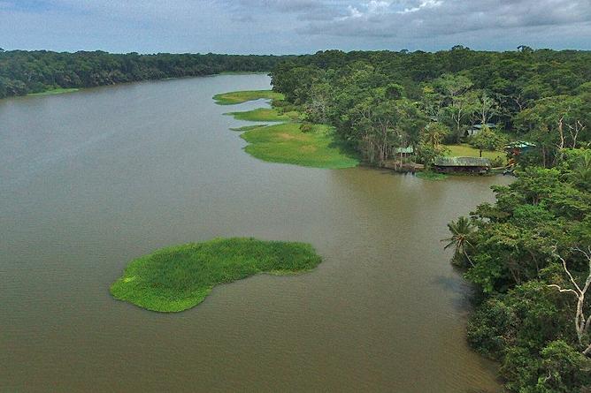 Lirio Lodge Flusskanäle