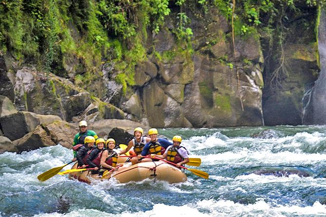 Rios Tropicales Rafting