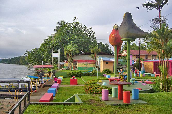 Tortuguero Dorf