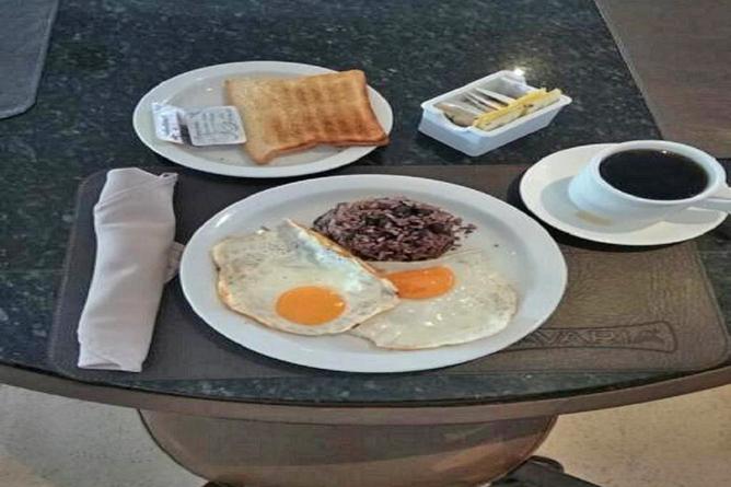 Costa Rica Tennis Club Frühstück