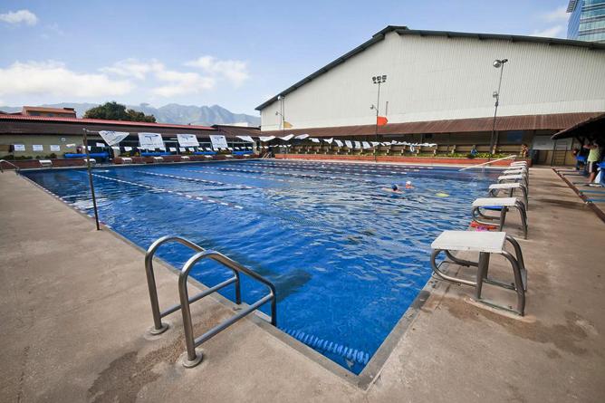 Costa Rica Tennis Club Semi-Olympia Schwimmbecken