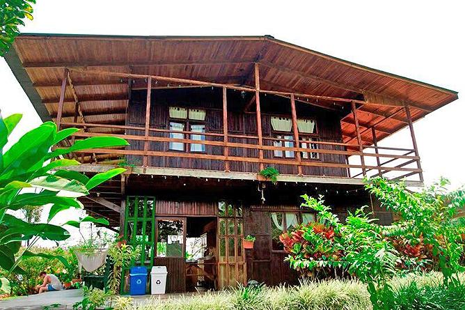 Josipek Rustikales Jungle Haus Aussen