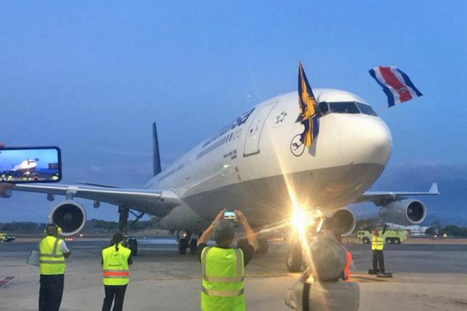 Lufthansa Airbus 340-300 neuer Direktflug (Cortesia ICT-La Republica)