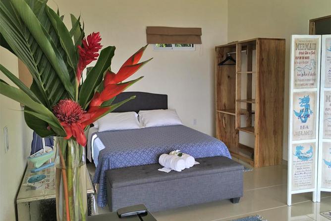 Casitas Sollevante Bungalow Doppelbett Zimmer