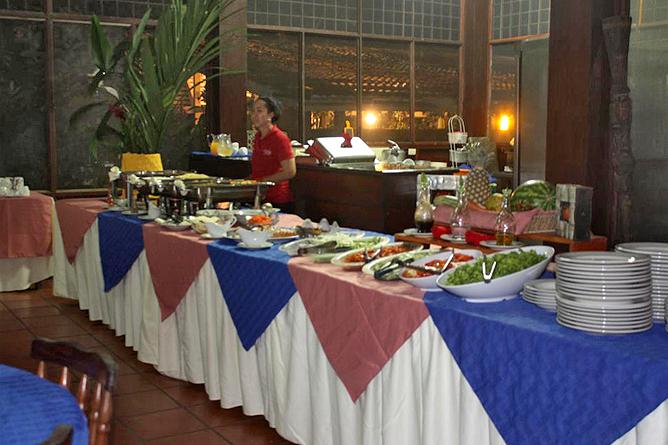 Rana Roja Restaurant Buffet