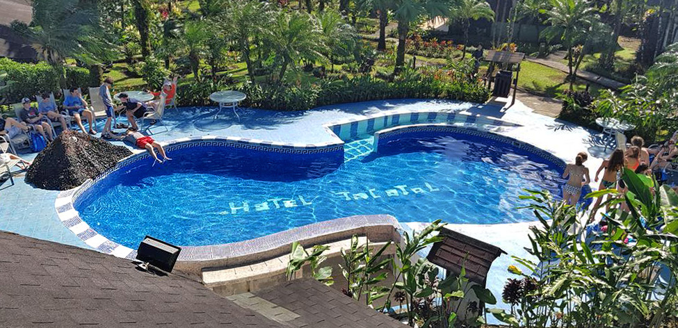 Lavas Tacotal Blick vom Zimmer auf Pool