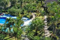 Lavas-Tacotal_Hotelanlage-mit-Pool_Foto-11-2018