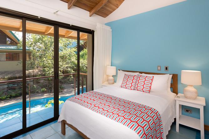 Olas Verdes Pool Side Suite