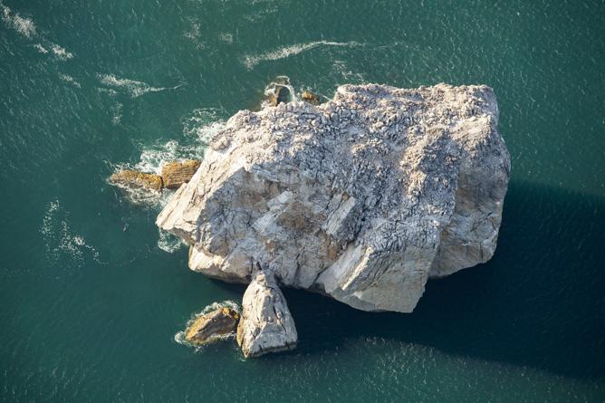 Santa Rosa Nationalpark Bahia Elena Felsen im Meer (Foto: ACG Luciano Capelli)