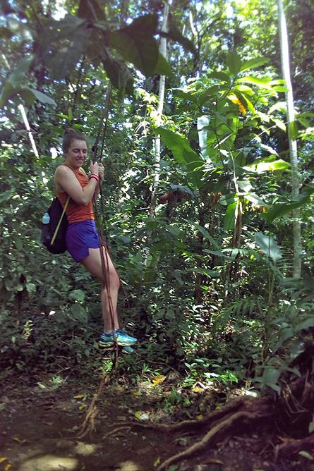 Ngoebe Tarzan-Swing mit Liane