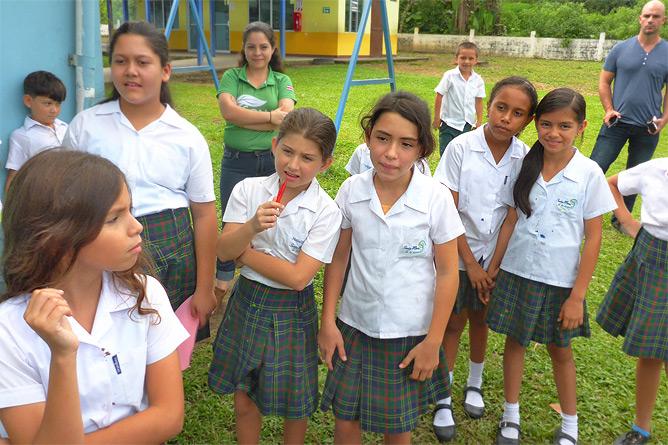 Sonati Aktivitäten im Freien mit Schulkindern