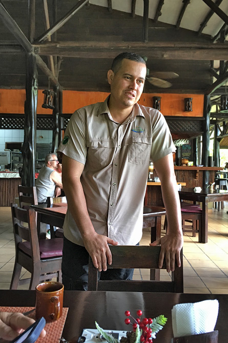 Sonati Julio Artavia Sonati-Direktor und Maquenque-Manager