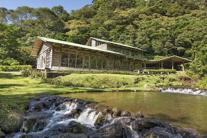 Bosque de Paz – Lodge mit Teich