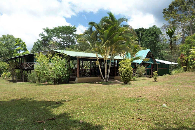 La Tarde Restaurant und Aufenthaltsbereich
