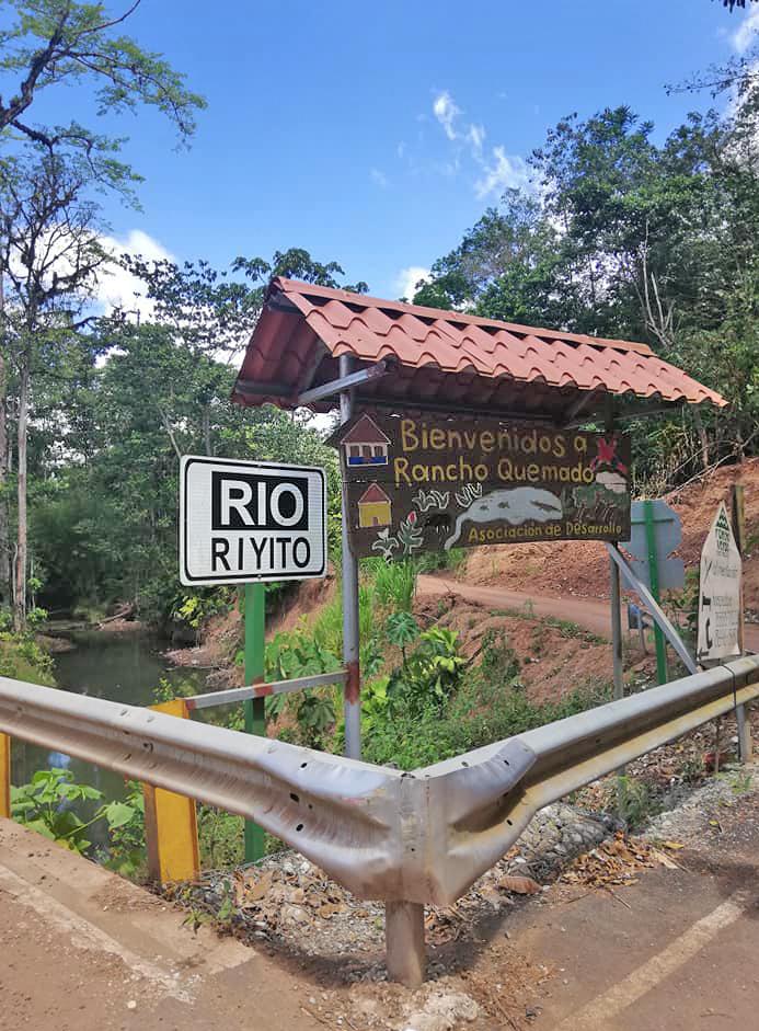 Rancho Quemado – Abzweigung Strasse