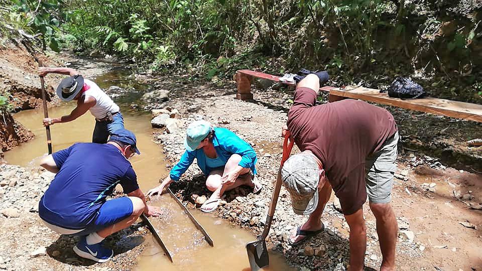 Goldmine Rancho Quemado – Juan Cubillo mit Gästen