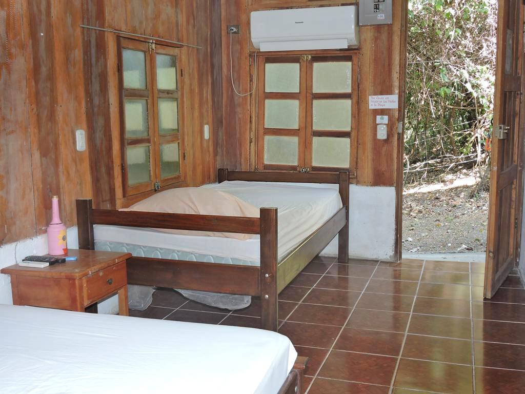 Maro Tours – Insel Chira: Hotel auf Insel