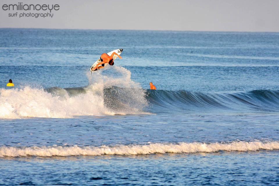 Santa Teresa Surfen – Emilianoeye Foto