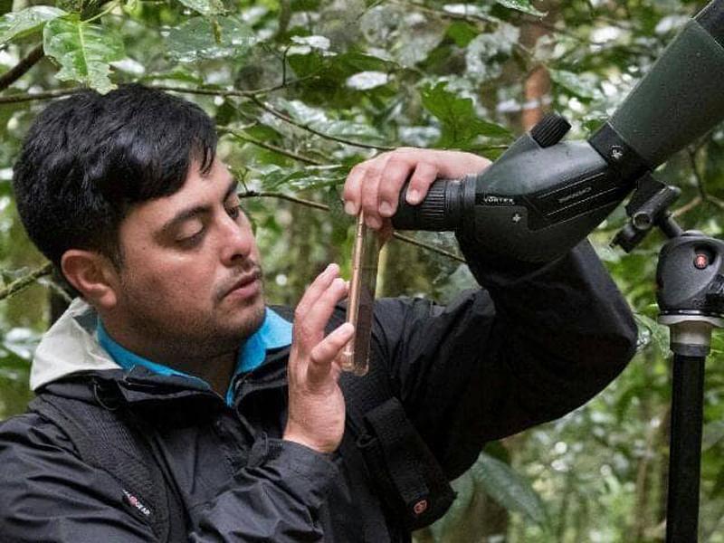 fraser-freicer-vindas-guide-monteverde-pura-vida-travel-costa-rica-02