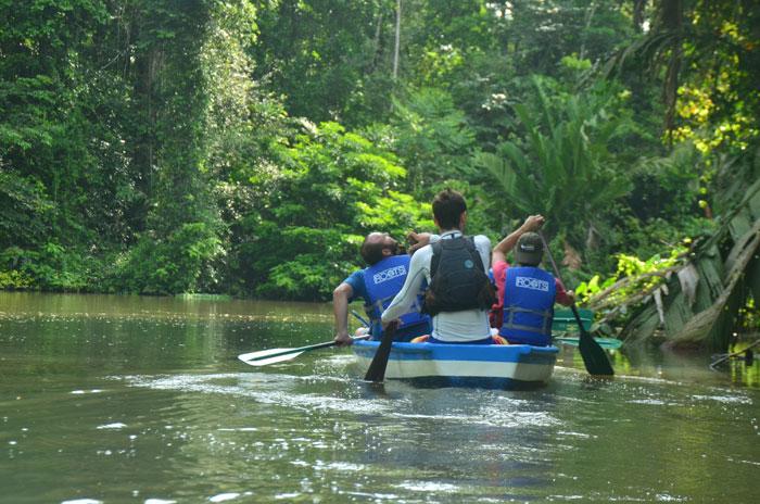 costa-rica-micha-siegfried-picture-tortuguero-tour-boat